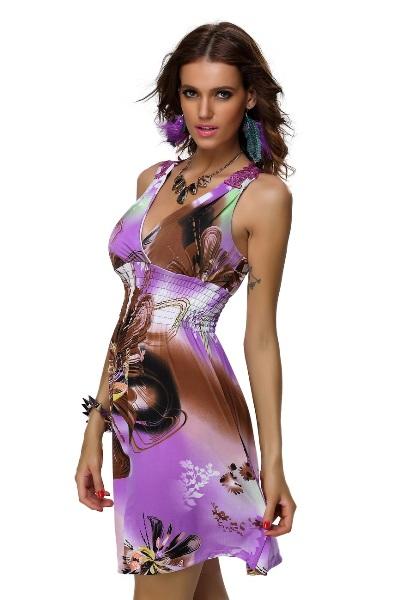 Krátké letní šaty s krajkovými ramínky a žabičkovým pasem  9c3f70bcfc