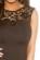 Spolecenske pouzdrove saty nad kolena s krajkovou horni casti – cerne S-318-BK (8)
